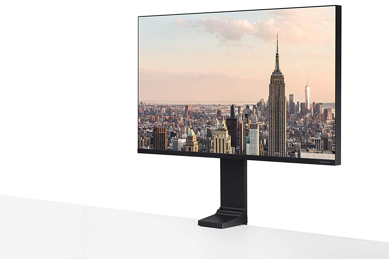 Le moniteur Samsung LS27R750 à 279,99 €