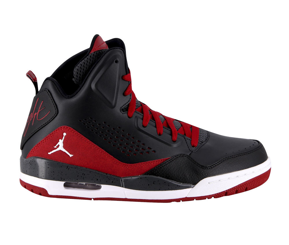 chaussures basket air jordan sc3 noir rouge baskets homme. Black Bedroom Furniture Sets. Home Design Ideas