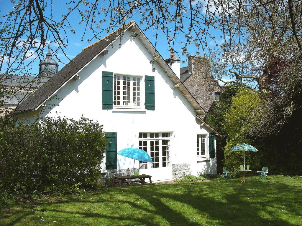 Abritel Location Bretagne Plénée-Jugon - Cottage de Charme avec grand jardin calme dans un village