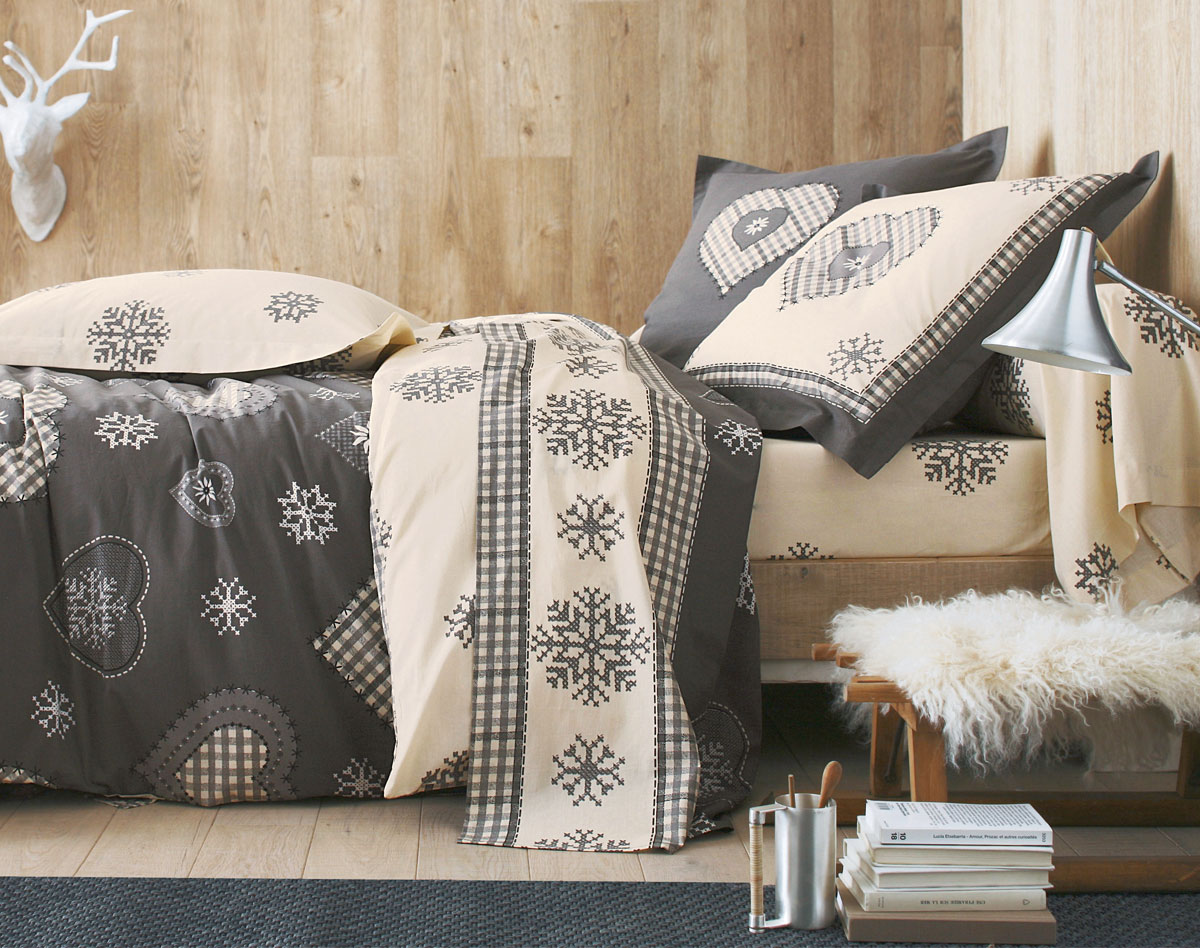 linge de lit becquet linge de lit coeurs et flocons ventes pas. Black Bedroom Furniture Sets. Home Design Ideas