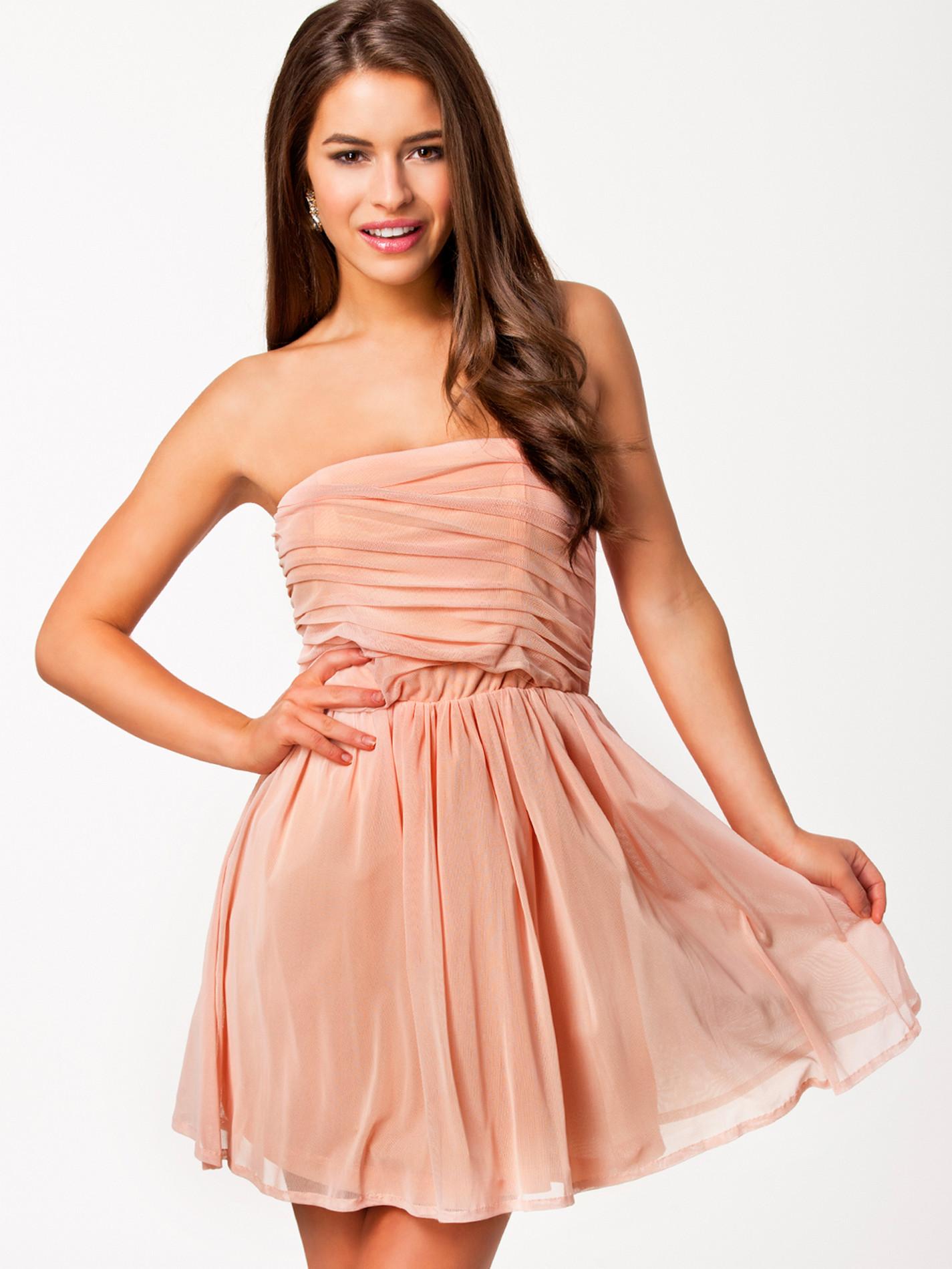 Robe de soirée Nelly.com - Mimosa Dress Jeane Blush Abricot - Ventes ... 09671848ff0