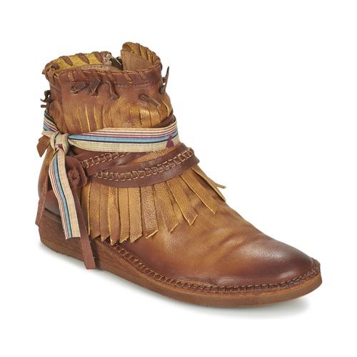 Felmini SPARAGO Camel pas cher - Boots Femme Spartoo