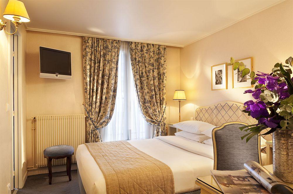Hotel pas cher paris reservation chambre hotel prix for Reservation hotel paris