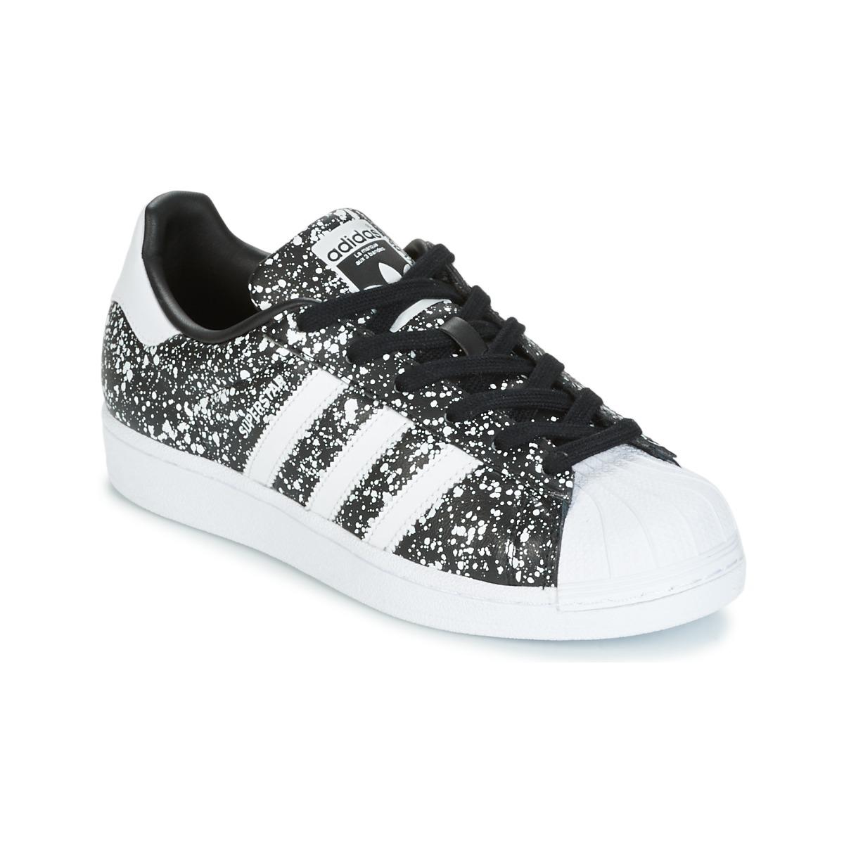 Adidas Originals SUPERSTAR W Noir / Blanc pas cher - Baskets Femme Spartoo