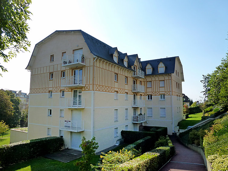 Location deauville trouville interhome appartement vallon for Appartement atypique deauville