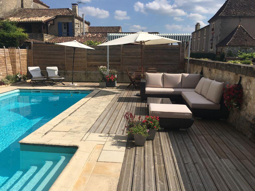 Abritel Location Monpazier - Centre de la belle Monpazier avec piscine