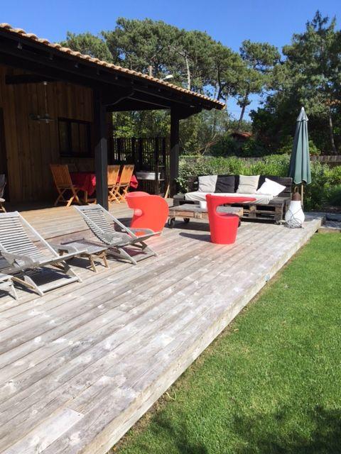 Abritel Location Le Cap Ferret - Très jolie villa au coeur du Cap Ferret à 2 pas du Bassin, de l'océan et du marché