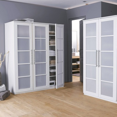 soldes armoire 3 suisses armoire penderie 3 portes ykuro. Black Bedroom Furniture Sets. Home Design Ideas