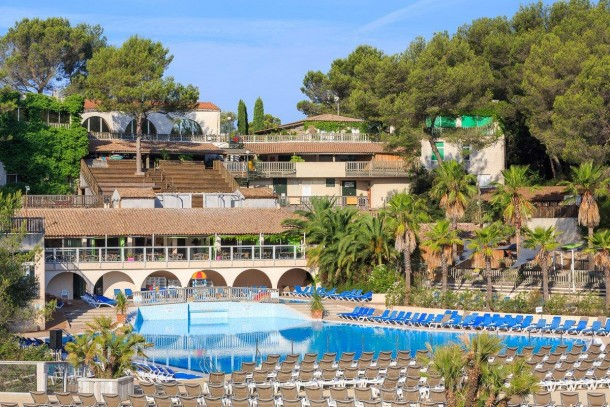 Camping Holiday Green Club et Spa 5* à Fréjus - Locasun