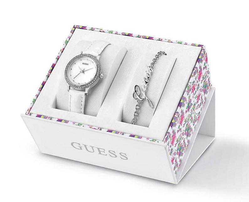 coffret montre et bracelet logo guess bijoux guess ventes pas. Black Bedroom Furniture Sets. Home Design Ideas