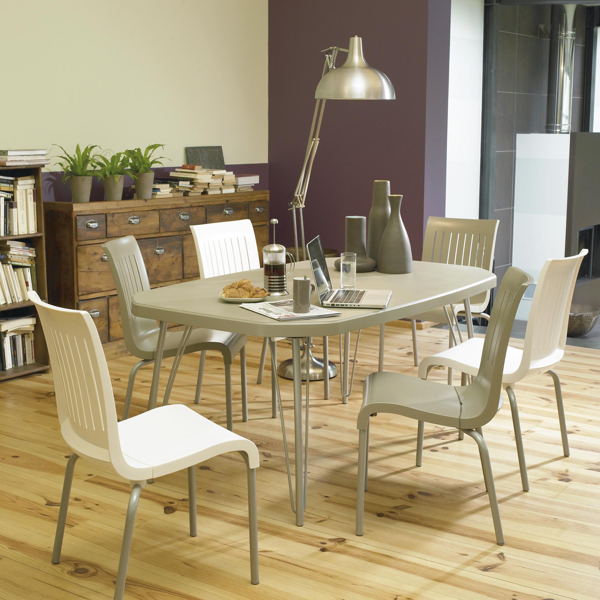 Table la maison de valerie table fl taupe 4 chaises grosfillex prix 169 99 euros ventes - Table 4 chaises pas cher ...