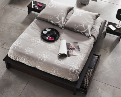 soldes lit soldes lit makkura 140 x 190 cm weng prix 155 40 euros ventes pas. Black Bedroom Furniture Sets. Home Design Ideas