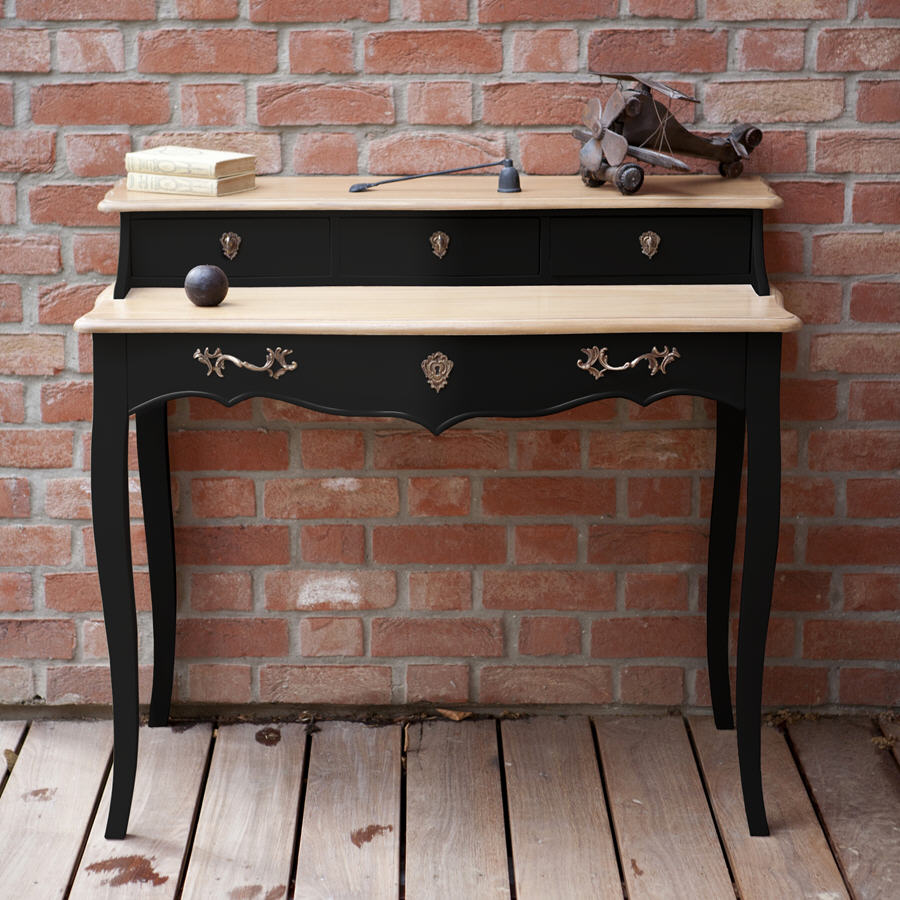 bureau en bois avec tiroirs pauline mathilde et pauline bureau delamaison ventes pas. Black Bedroom Furniture Sets. Home Design Ideas