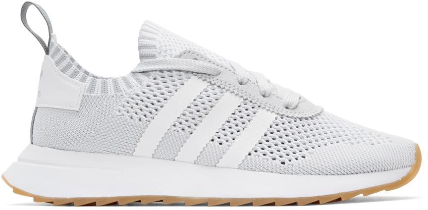 Adidas Originals Baskets blanches et grises Flashback