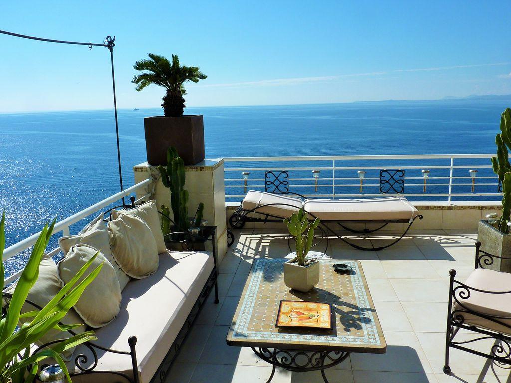 abritel location mont boron nice pieds dans l 39 eau vue mer f rique 95m2 de charme ventes. Black Bedroom Furniture Sets. Home Design Ideas