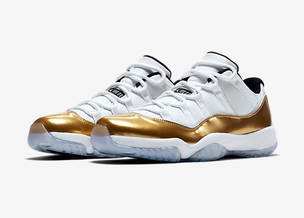 Nike Air Jordan Retro 11 Low pas cher - Baskets Homme Nike