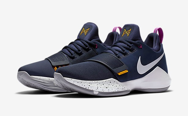 Chaussures de Basketball Nike PG1