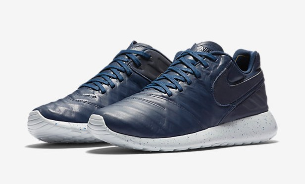 Nike Roshe Tiempo VI pas cher - Baskets Homme Nike