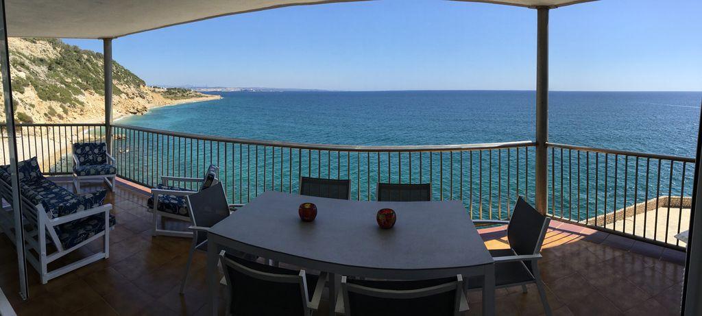 Abritel Location Espagne - Salou très bel appart climatisé 1ère ligne mer