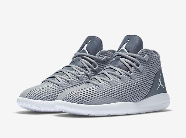 Chaussure Jordan Reveal