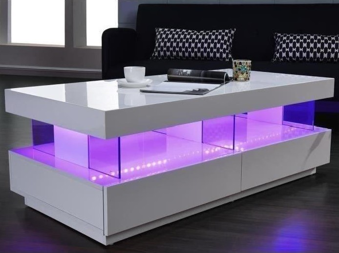 LIGHT Table basse laquée blanc brillant LED multicolore
