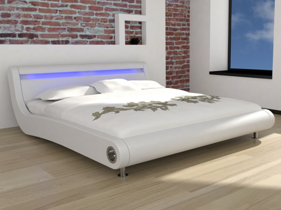 lit vente unique lit etincelle 160x200cm pu blanc et leds ventes pas. Black Bedroom Furniture Sets. Home Design Ideas