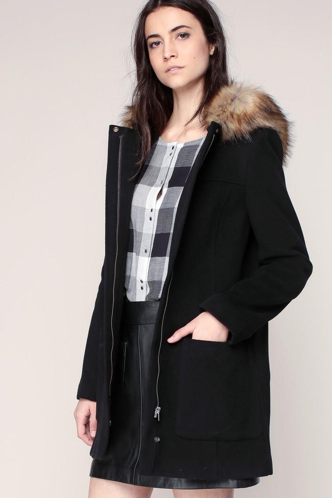 manteau noir capuche amovible col imitation fourrure naf naf manteau femme monshowroom. Black Bedroom Furniture Sets. Home Design Ideas