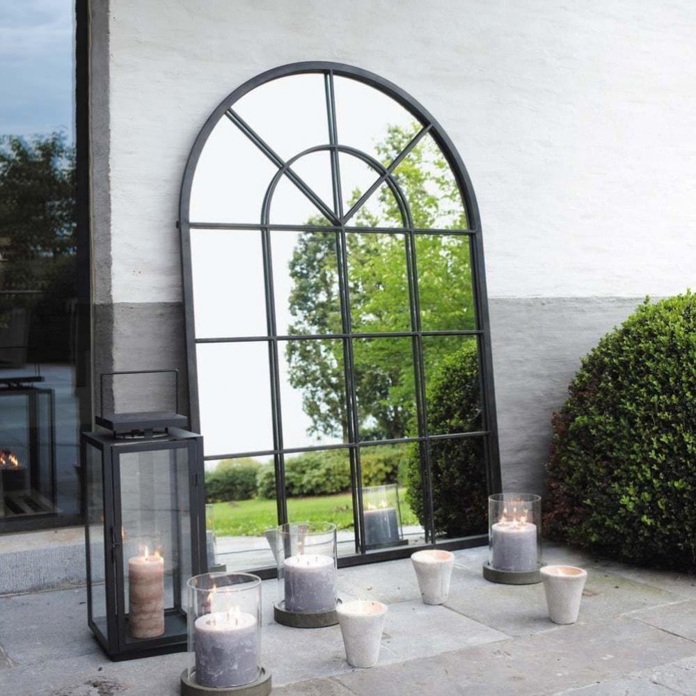 Miroir en métal noir ORANGERIE - Maisons de Monde