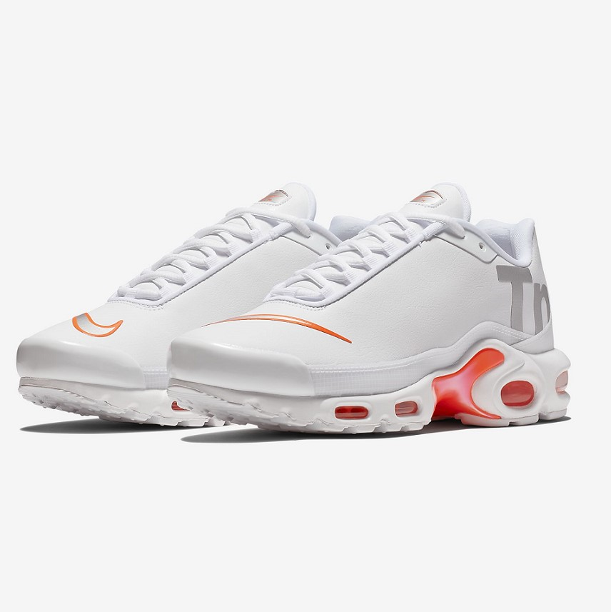 Nike Air Max Plus TN SE pas cher Baskets Homme Nike