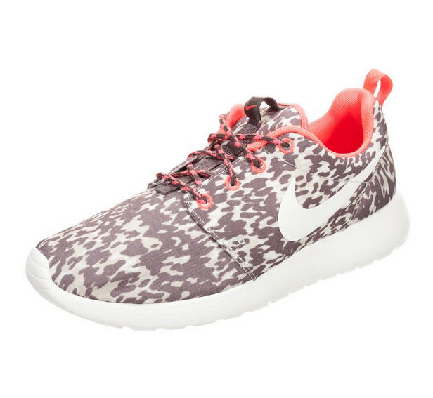 nike sportswear rosherun baskets basses marron baskets femme zalando ventes pas. Black Bedroom Furniture Sets. Home Design Ideas