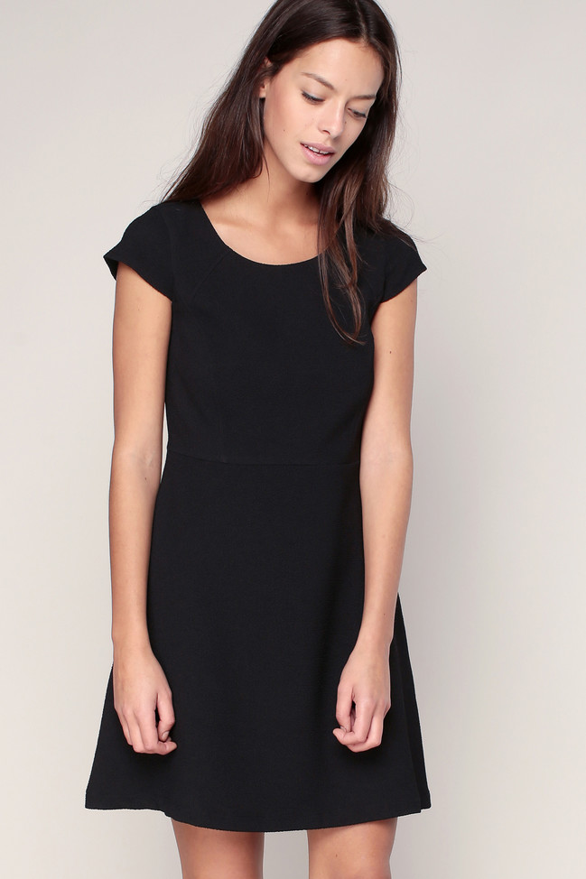 Robe noire texturée sans manches Lily 2two, Robe Monshowroom
