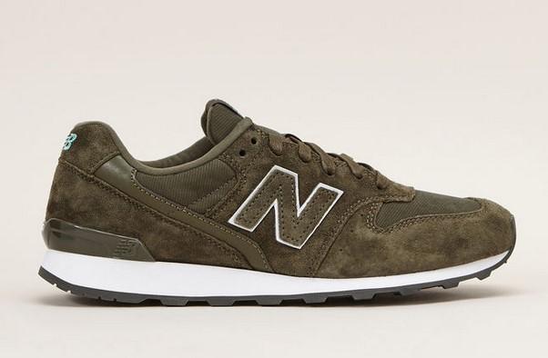 New Balance Sneakers en cuir kaki WR996 - Monshowroom