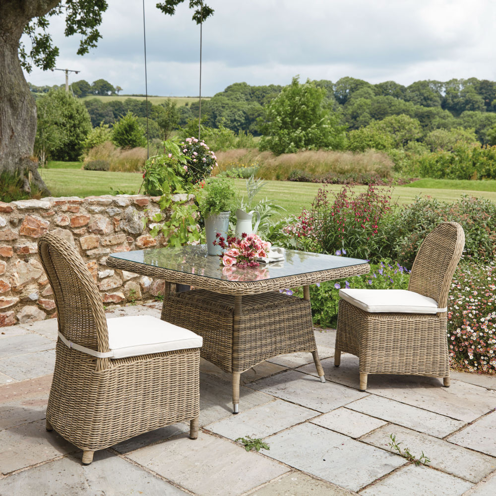 table de jardin carr e st rapha l pas cher table de jardin maisons du monde ventes pas. Black Bedroom Furniture Sets. Home Design Ideas