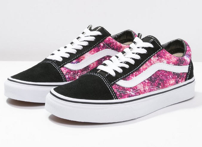 vans old skool baskets basses black true white baskets femme vans zalando ventes pas. Black Bedroom Furniture Sets. Home Design Ideas